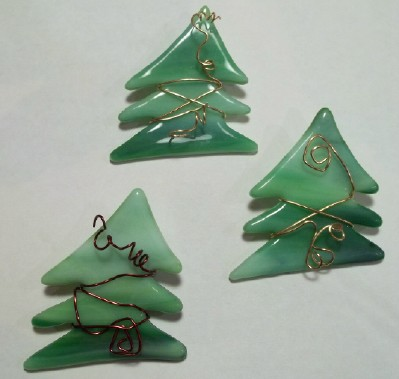 stained glass Christmas tree pins with copper wire